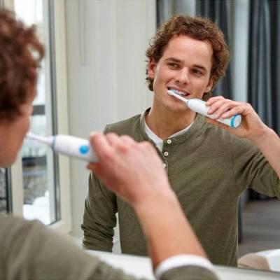 Звуковая зубная щетка Philips Sonicare HX3212 - 2100 Daily Clean 01233